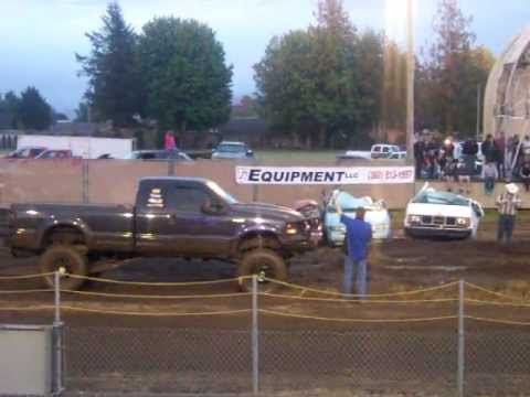 DK The Diesel - Joe in white dodge cummins, danny in lifted ford with cummins......ty tia howard for recording this event.