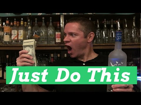How to Become a Bartender With No Experience - 7 Steps