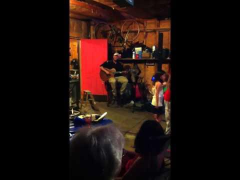Chris Maloney singing at kids birthday party