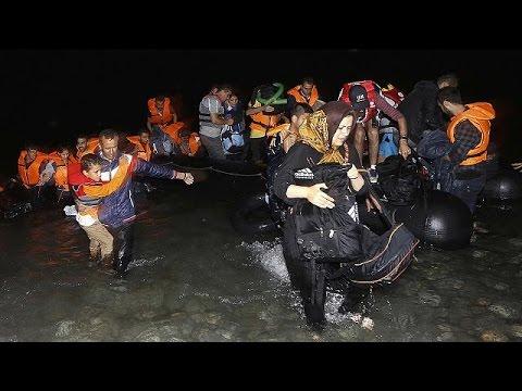 Κως: «Μικρά παιδιά χωρίς νερό και φαγητό» λένε οι μετανάστες