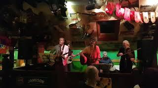 Video The Wanderer, Lyndon Town