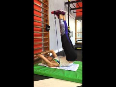 Cvičení břišních svalů s expanderem