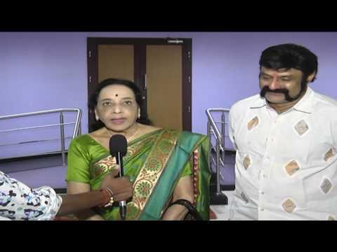 Senior Celebrities watch Gautamiputra Satakarni
