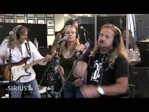 """Lynyrd Skynyrd """"Simple Life"""" on SIRIUS XM Artist Confidential"""