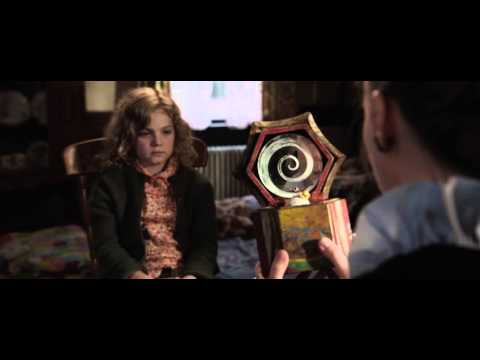 The Conjuring (Clip 'Mom & Dad Tell Me You Have a Friend')