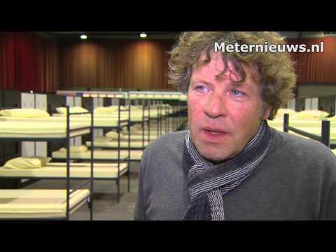 Opvang asielzoekers IJsselhallen Zwolle moet dicht