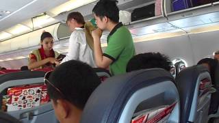 Video Taking off from Krabi International Airport, Thailand. Air Asia Airbus A320-200 MP3, 3GP, MP4, WEBM, AVI, FLV Juni 2018