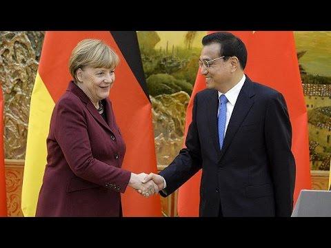 Σημαντικές εμπορικές συμφωνίες υπογράφει η Μέρκελ με το Πεκίνο