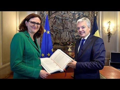 CETA: «Πέφτουν» οι υπογραφές στην συμφωνία ελεύθερου εμπορίου Ε.Ε.- Καναδά – world