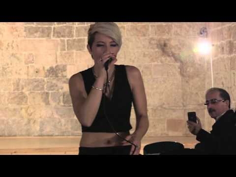 Sara Galimberti VIA CON ME live 30 Settembre 2014 Castello Agioino ( Mola di Bari)