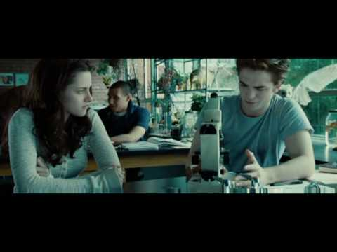Video Twilight Biology Class Scene Edward's Golden Eyes download in MP3, 3GP, MP4, WEBM, AVI, FLV January 2017
