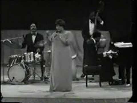 Video Ella Fitzgerald - Summertime download in MP3, 3GP, MP4, WEBM, AVI, FLV January 2017
