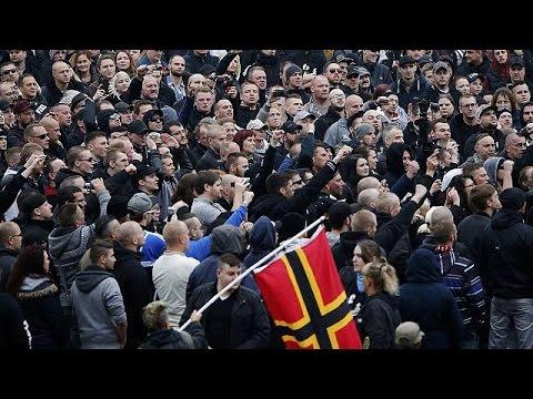 Κολωνία: Επεισόδια σε παράλληλες συγκεντρώσεις αριστερών και ακροδεξιών