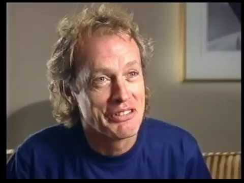 """Angus Young """"The Guitar Show"""" (Better Quality)"""