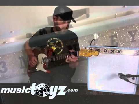 3 Monkeys Sock Monkey 18/12 Guitar Amp