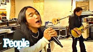 Video Meet Journey's New Singer - Arnel Pineda | People MP3, 3GP, MP4, WEBM, AVI, FLV Agustus 2018