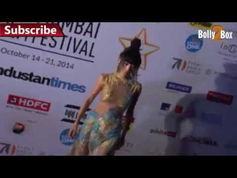 transparent dress - Bai Ling Flaunts Hot Asset in Transparent Dress ▻Circle us on Google + google.com/+bolly2box ▻Subscribe Channel : http://goo.gl/6Vj7l ▻Don't forget to Like * Comment * Share this video....