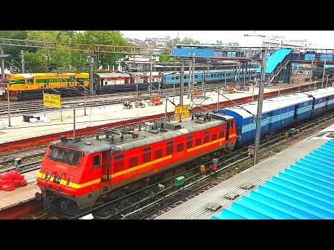 New Delhi Jn: Toofan Express departing from station.