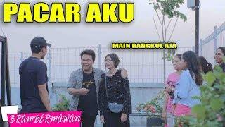 Video PRANK RANGKUL CEWEK BILANG INI PACAR GUE - BRAM DERMAWAN PRANK INDONESIA MP3, 3GP, MP4, WEBM, AVI, FLV April 2019