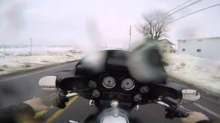 2. 2010 Used Harley Davidson Street Glide FLHX test drive in the rain