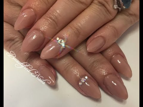 UV gel nails using reverse tips and new gel polish from missubeauty