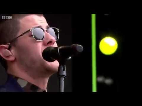 Nick Jonas - Champagne Problems (Live at Radio 1's Big Weekend 2016)