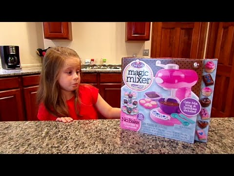 Cool Baker Magic Mixer Maker-Chloe's Toy Time (видео)