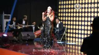 Aksi Cetar Nunung Alvi - Berag Tua (Recycle) @Tembang pantura Awards 2017 RCTv