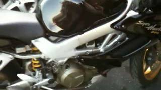 3. 2004 Honda Superhawk 996 cc