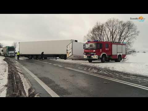Wypadek pod Szypliszkami. Kierowca busa został ciężko ranny