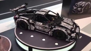 www.hobbymedia.it This is one of the coolest Technic cars ever produced by LEGO! This ubercool Porsce replica has been revelead today at the Spielwarenmesse ...
