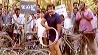 Video കൊച്ചിൻ ഹനീഫിക്കയുടെ സൂപ്പർ ഹിറ്റ് കോമഡി # Cochin Haneefa Comedy Scenes # Malayalam Comedy Scenes MP3, 3GP, MP4, WEBM, AVI, FLV Juni 2019