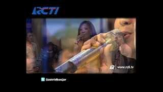 Video Dahsyat 17 Des 13 - Raffi Duet Dengan Astrid MP3, 3GP, MP4, WEBM, AVI, FLV Januari 2019