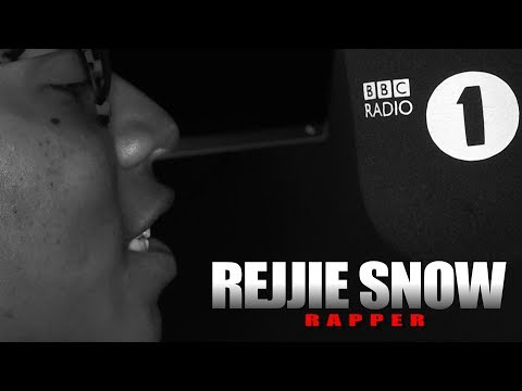 Rejjie Snow – Fire In The Booth