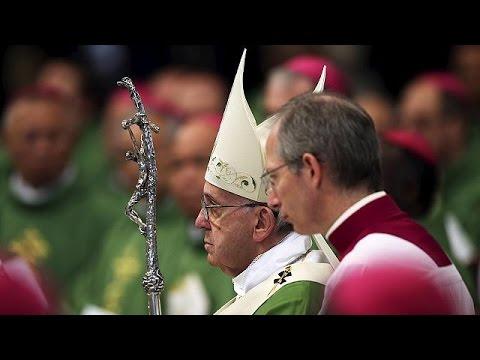 Χαλαρώνει η στάση της Καθολικής Εκκλησίας απέναντι στο διαζύγιο