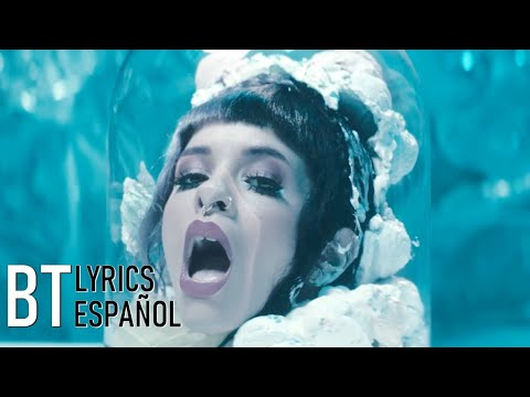 Melanie Martinez - Tag, You're It//Milk and Cookies (Lyrics + Español) Video Official