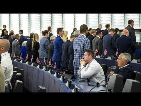 EU: Brexit-Eklat im EU-Parlament - britische Abgeordnete  ...