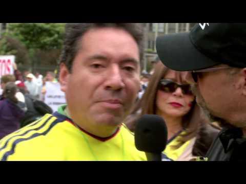 Santiago en la marcha contra la corrupción - La Tele Letal (видео)