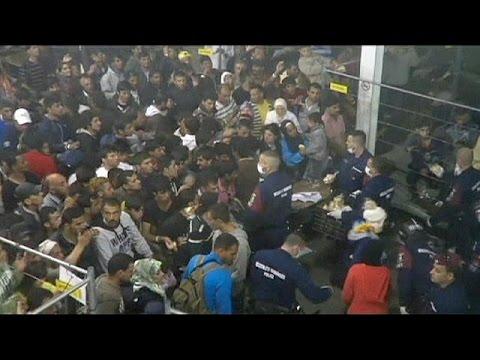 Ουγγαρία: Βίντεο καταγράφει τις απάνθρωπες συνθήκες σε κέντρο φιλοξενίας προσφύγων