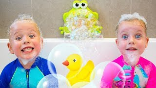 Video Bath Song +More Nursery Rhymes Kids Songs by Gaby and Alex MP3, 3GP, MP4, WEBM, AVI, FLV Maret 2019