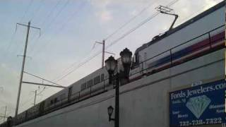 Nonton New Jersey Transit train is passing by fast Film Subtitle Indonesia Streaming Movie Download