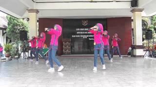 Juara 1 Senam Rekreasi Perwosi Jawa Timur II