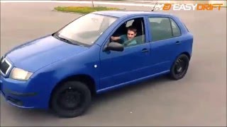 Młody daje radę! 11-letni chłopak i jego zaj*bisty pokaz driftu w Skodzie!