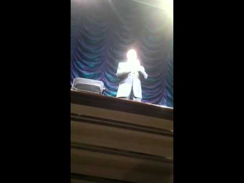 Comedian on cruise 1
