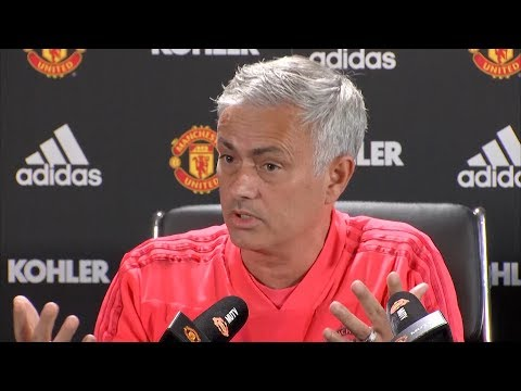 Jose Mourinho declares himself as 'one of the greatest managers in the world' in press conference (видео)