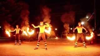 Вогняне шоу з феєрверком на весіллі