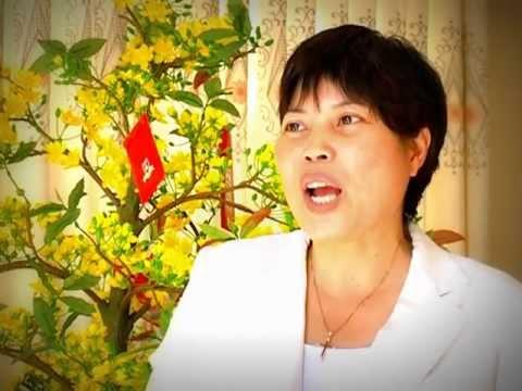"""Viet Anh School- Phóng sự """"Mồng 3 Tết Thầy"""""""