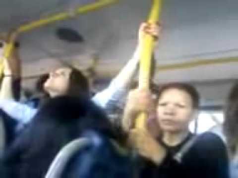 Mulher tarada no ônibus