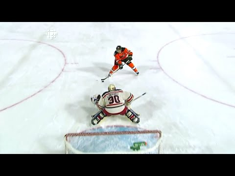 Henrik Lundqvist Penalty Shot Save on Daniel Briere - 2012 Winter Classic | Jan 2nd, 2012 [HD]  
