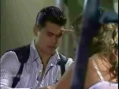 Camila y Cristobal con su cancion (Casi indispensable-Paulina Laponte)
